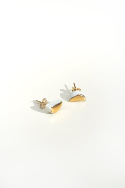 Image of 14K gold half moon earring