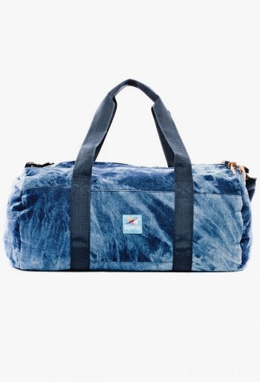 Image of       THE SINCLAIR DUFFLE BAG WEEKENDER IN NAVY ACID WASH