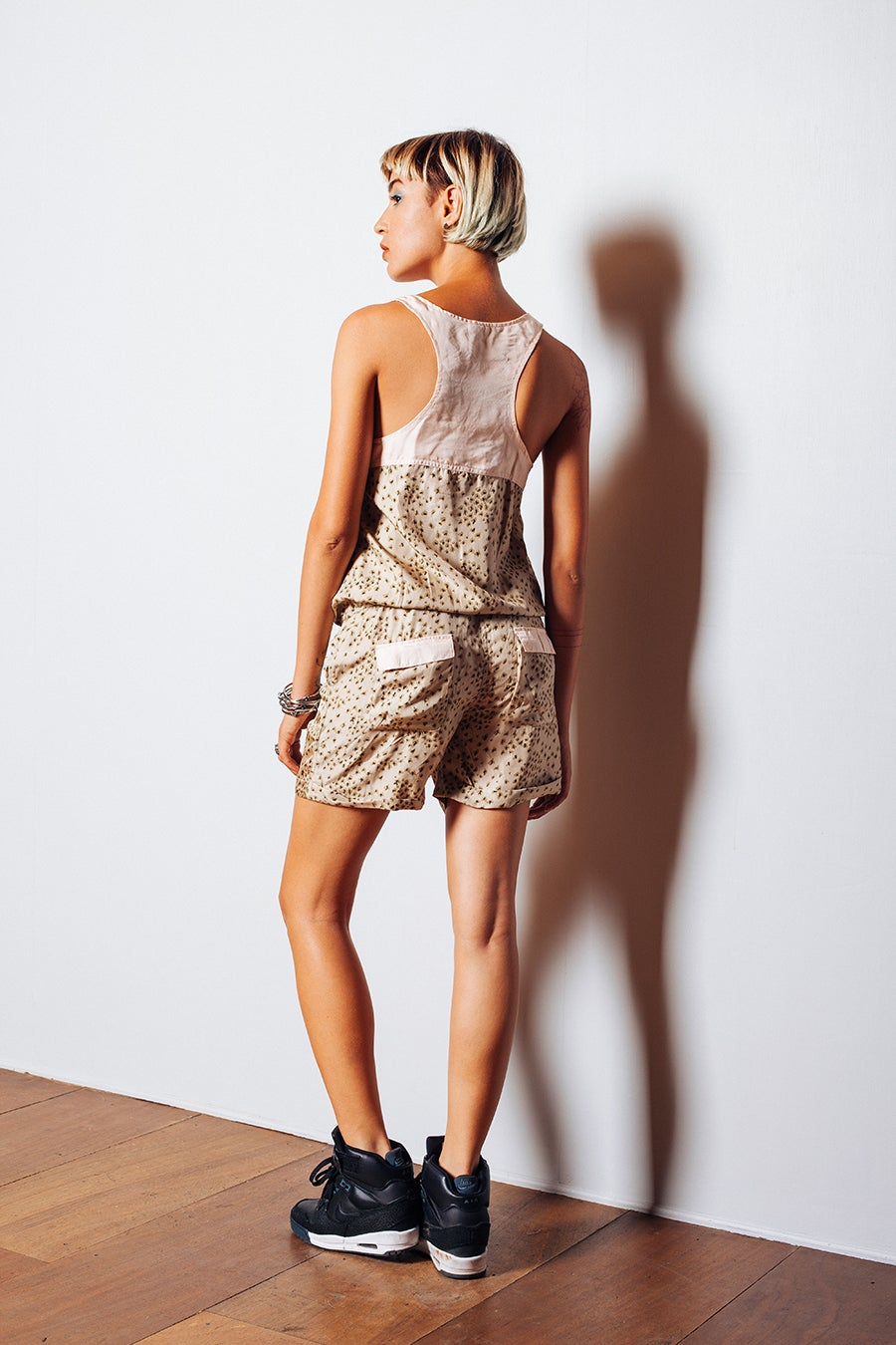 Image of JASMIN PLAYSUIT - CHEETING HEARTS KHAKI