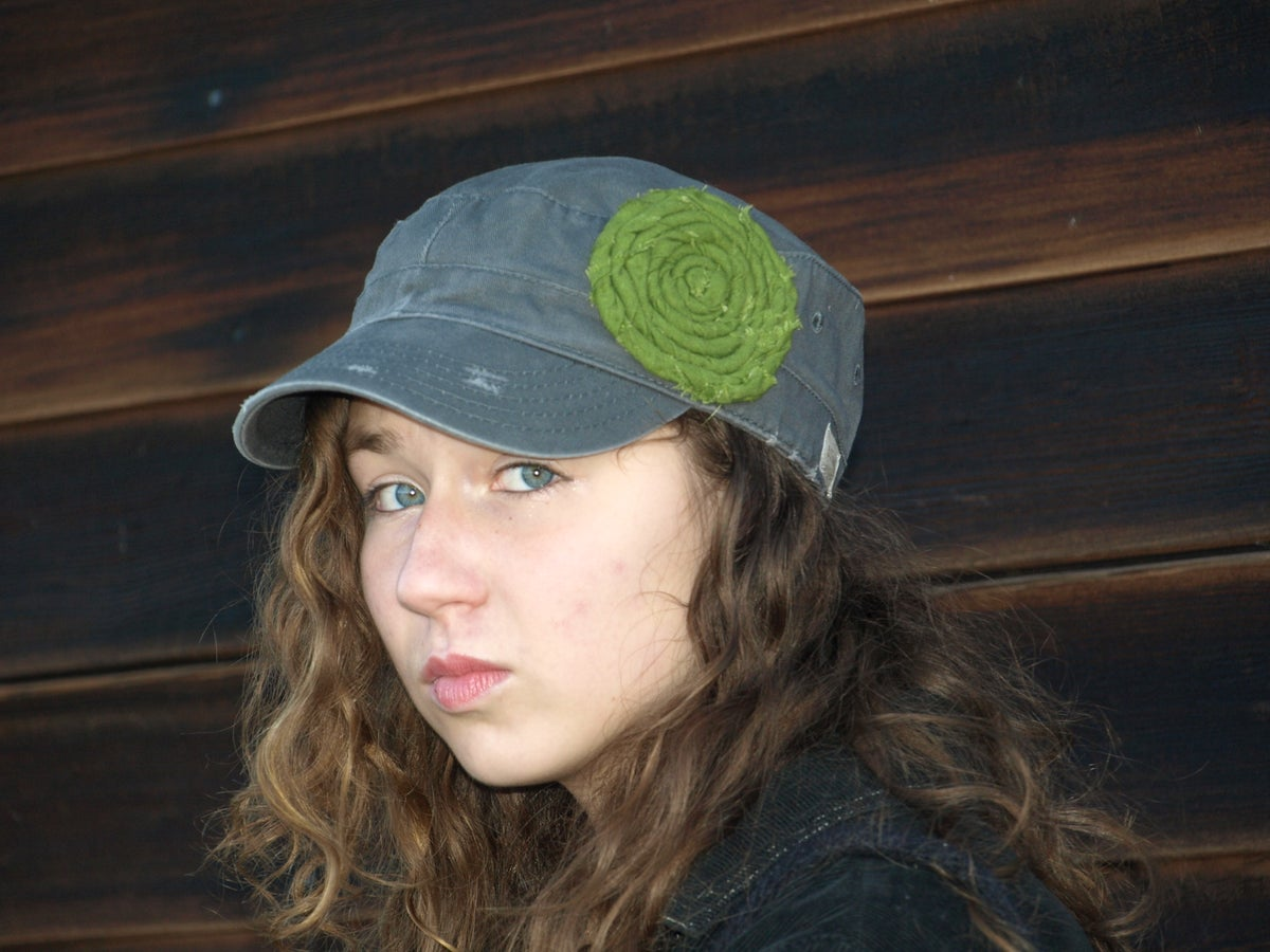 Image of Dark Grey/Green Flower Hat