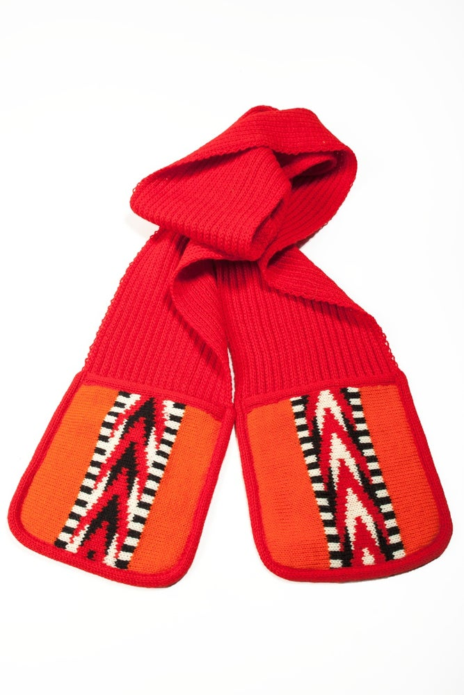 Image of Scarf with pockets