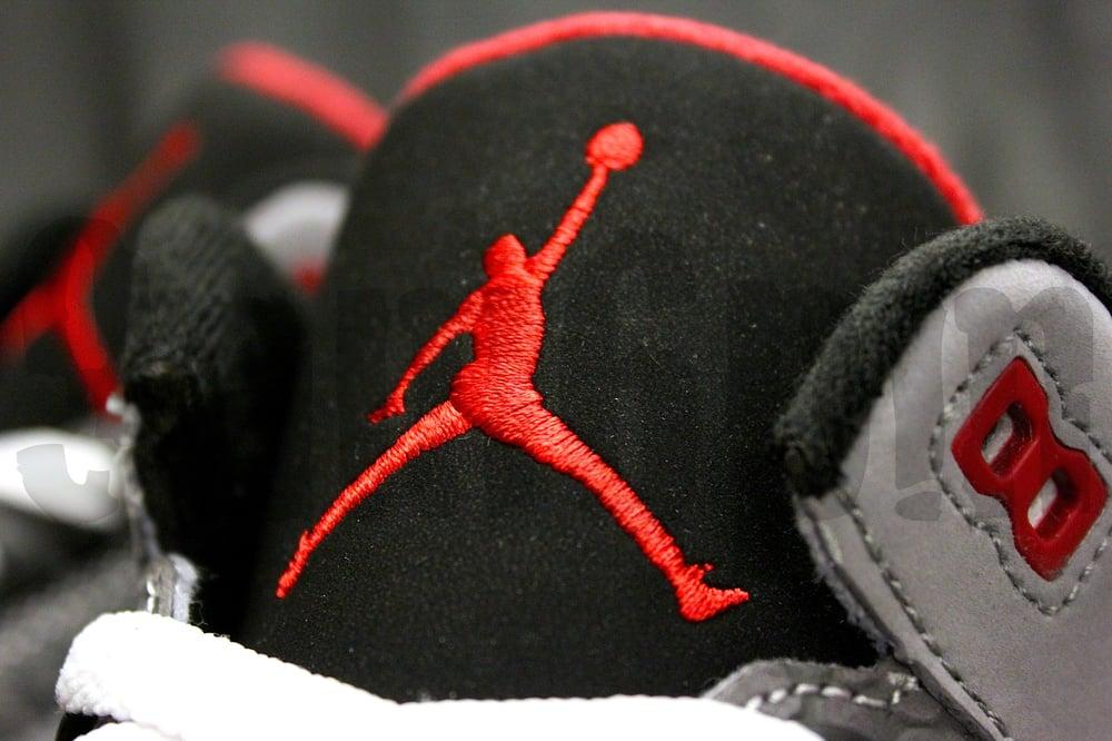 """Image of Nike AIR JORDAN 3 RETRO """"STEALTH"""""""