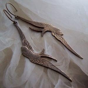 Image of Swoop Earrings