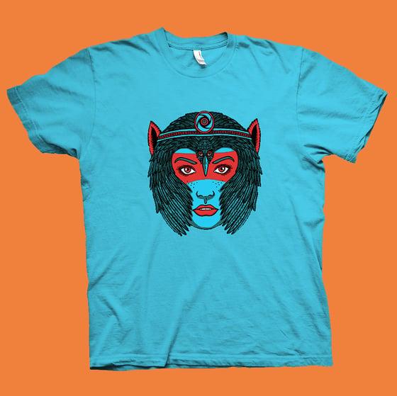 "Image of ""CROWN OF FEATHERS"" SPIRIT ANIMAL T-shirt"
