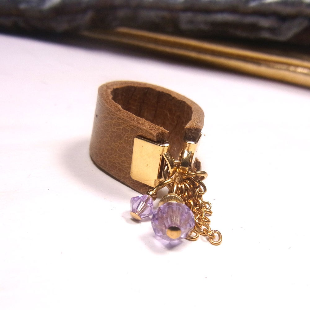 Image of Lilac and tan hot chip ring - wide band