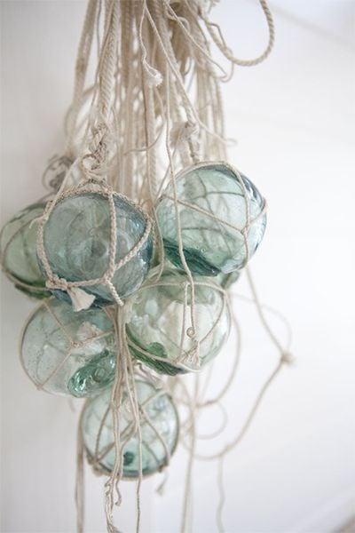 Image of Anciens flotteurs pour filet de pêche en verre