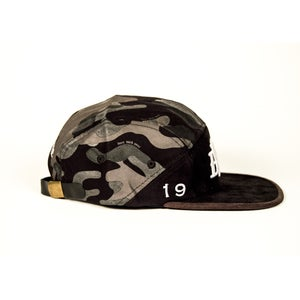 Image of BWS Camo Camphat
