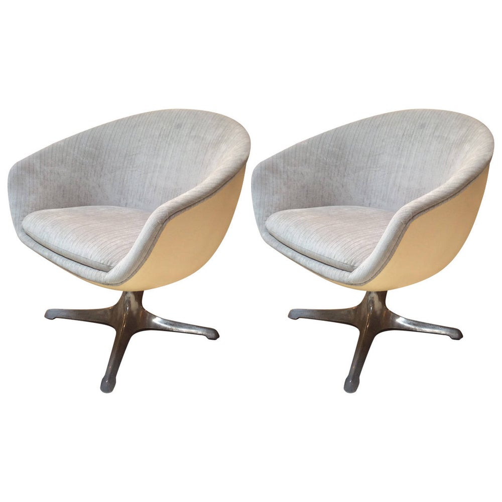Image of Mid Century 60s Egg Chairs - A Pair