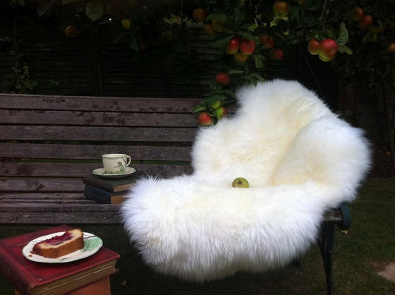 Image of LUXURY NATURAL SHEEPSKIN SIZE L - XXXL