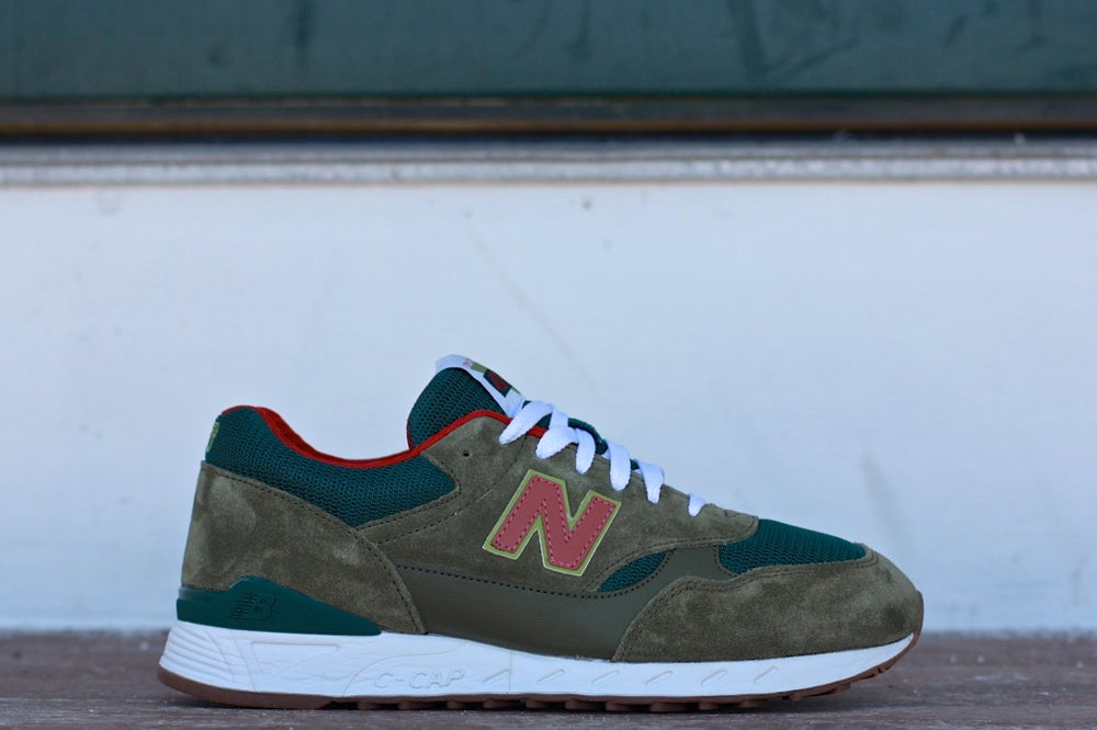Image of NEW BALANCE 496 DARK OLIVE PINE CM496UO1