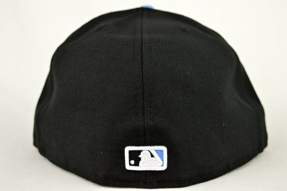 Image of TORONTO BLUEJAYS BLACK BLUE & RED NEW ERA FITTED CAP