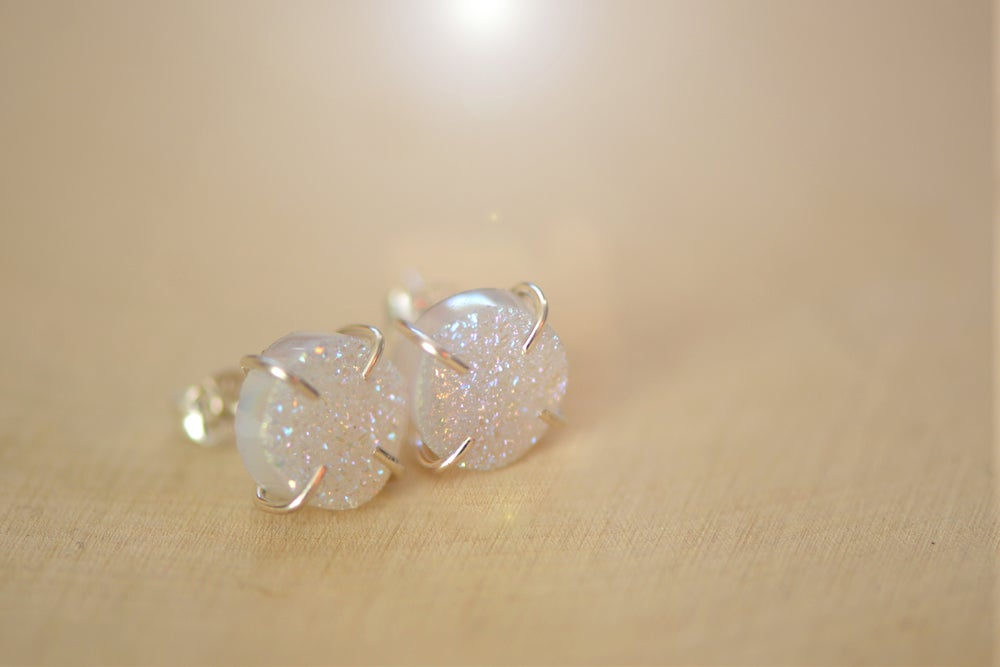 Image of Iridescent White Druzy Earrings in Sterling Silver  - Titanium Coated Druzy - Claw Druzy Earrings