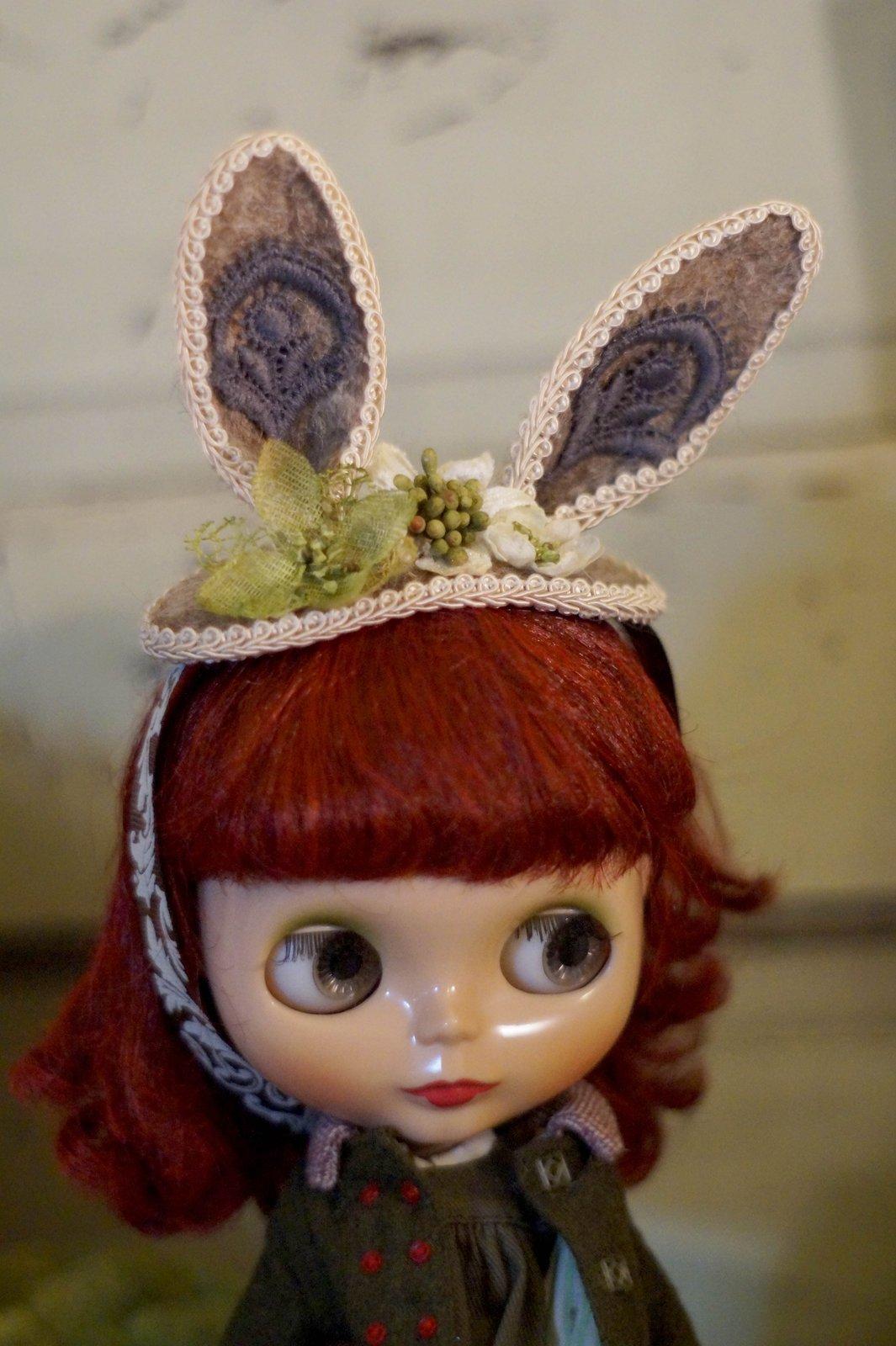Bunny Hat by Rhodora Jacob: Date w/ Blythe Auction