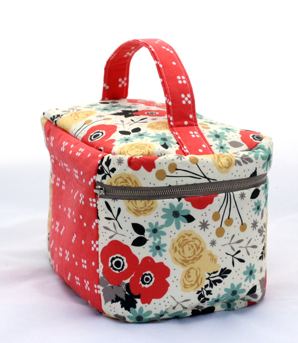 Image of Vintage Inspired Train Case PDF Sewing Pattern