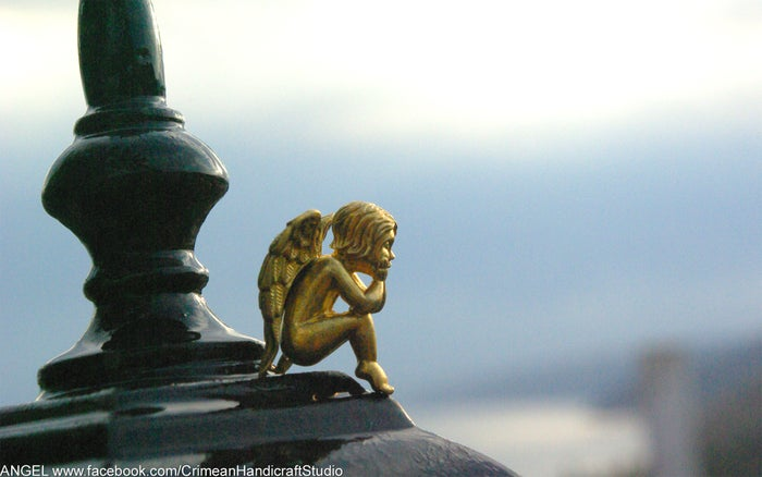 Statuette: ANGEL