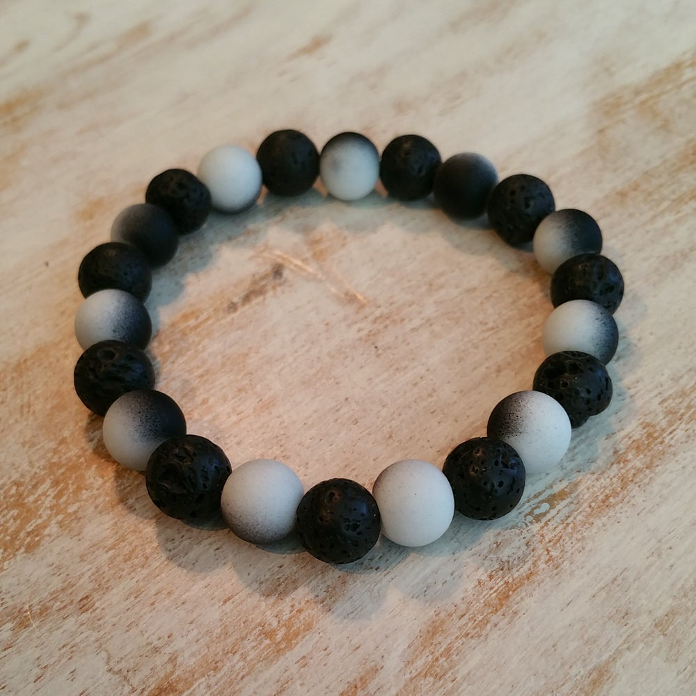 Image of SMOKEY BRACELET