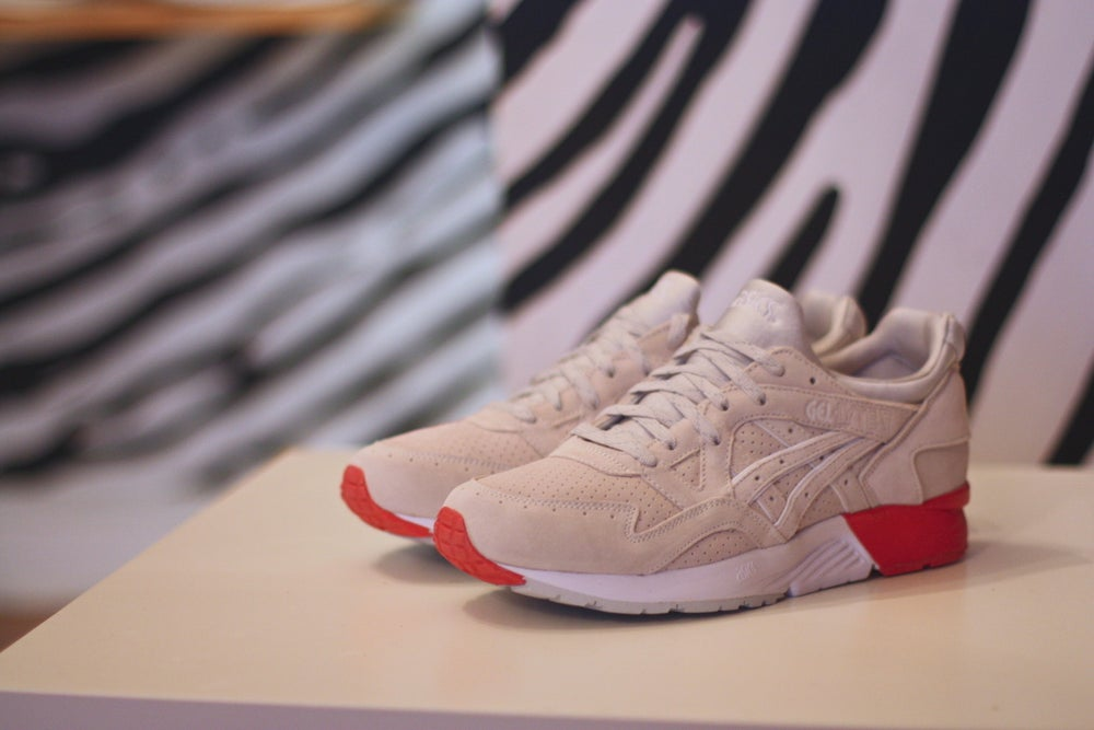 "Image of ASICS GEL-LYTE V X CONCEPTS ""8 BALL"""