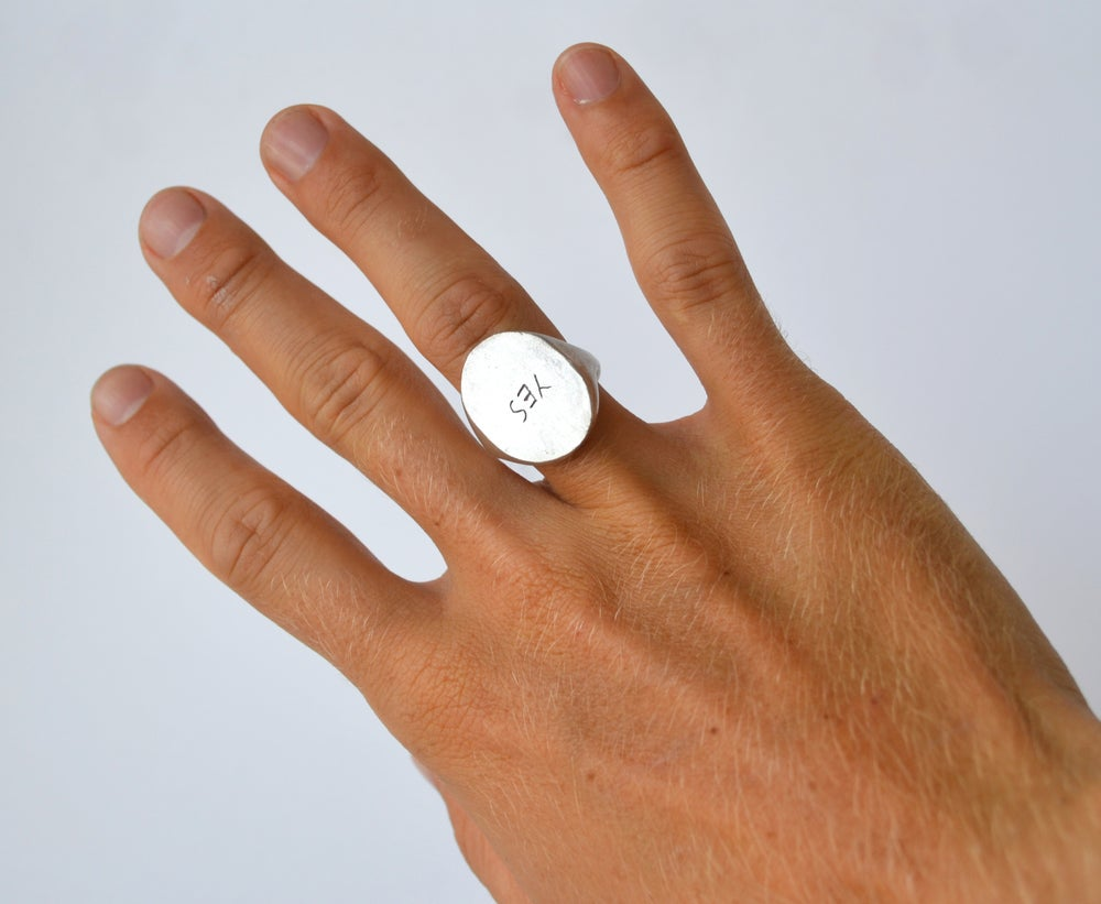 Image of Yes Ring