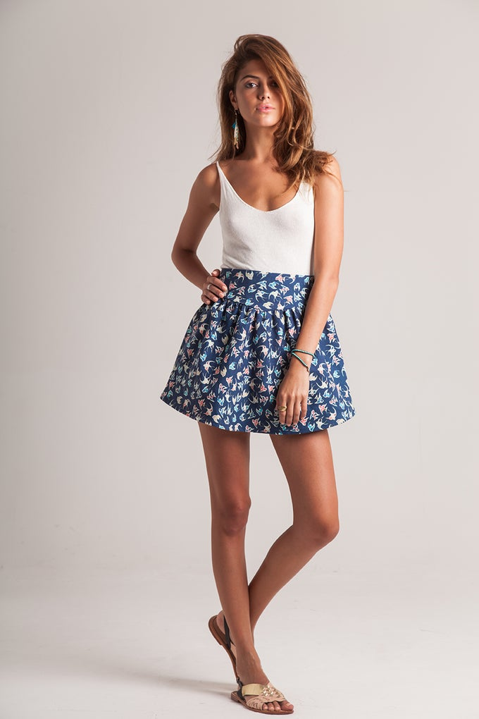 Image of KELLEY SKIRT - BIRDS NAVY