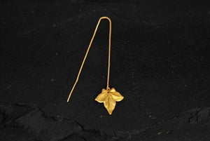 Image of Ivy chain thread earring in gold plated 925 silver