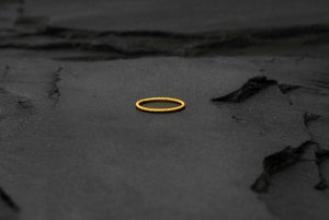 Image of Thin twisted ring in brass
