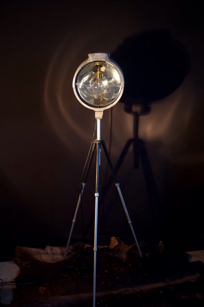 Image of Vintage Bullfinch Spotlight XL