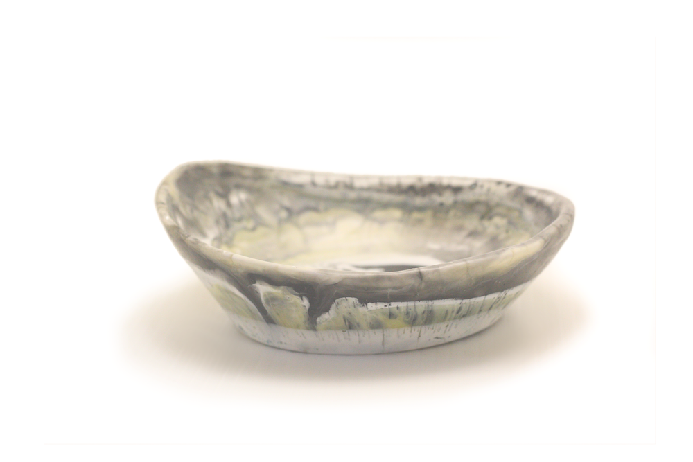 Image of Dark Seashell Plunge bowl