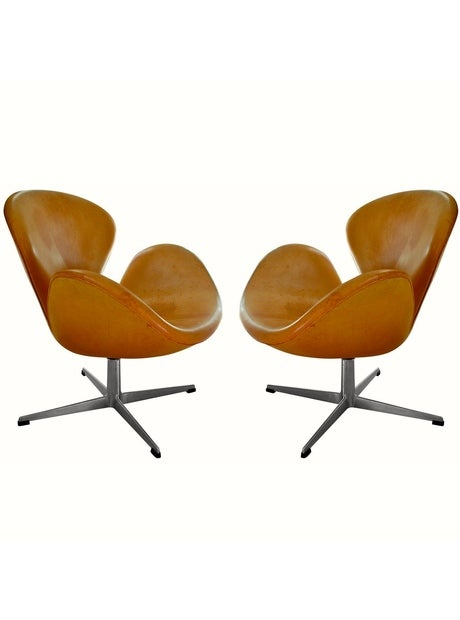Image of Rare Natural Leather Early Swan Chairs by Arne Jacobsen, circa 1963