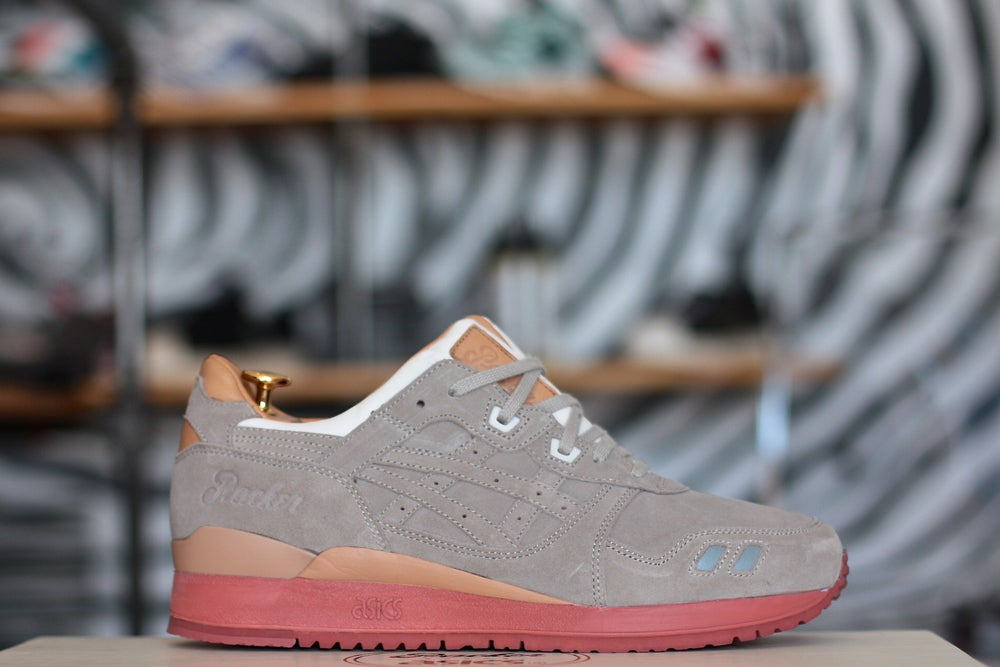 "Image of ASICS GEL LYTE 3 X PACKERS SHOES ""DIRTY BUCK"" SPECIAL EDITION"