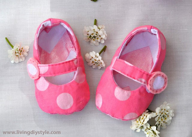 Image of Reversible Mary Jane Baby Shoes Sewing Pattern