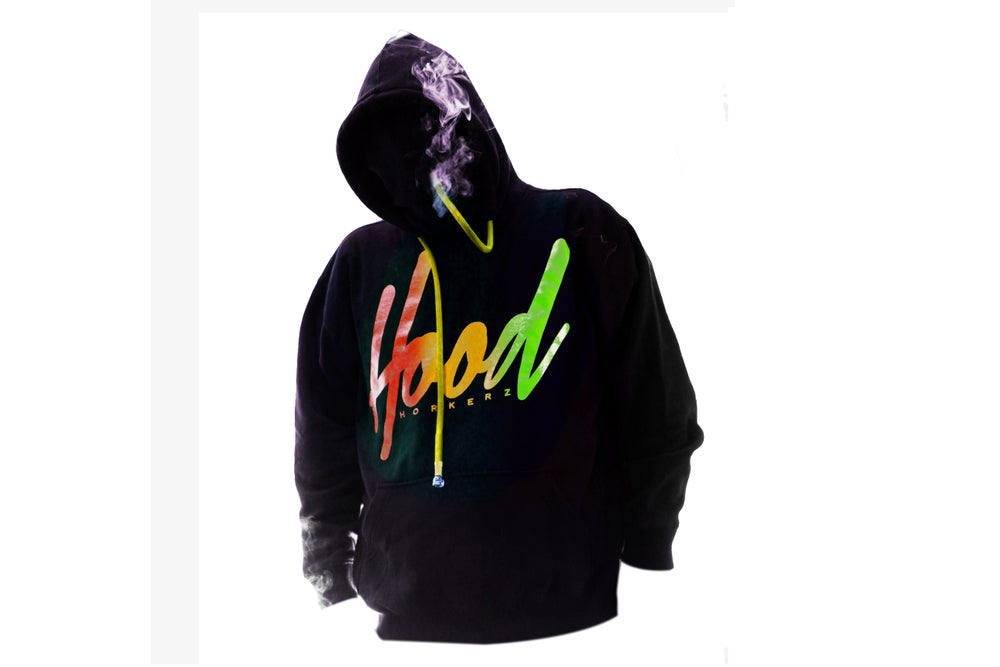 Image of SMOKABLE HOODIE - RASTA HOOD ON BLACK - YELLOW PIPE