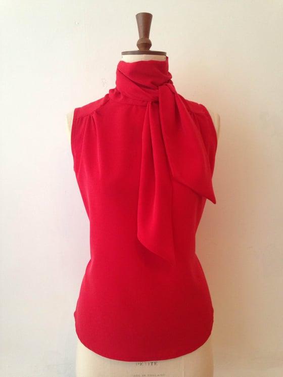 Image of lulu blouse