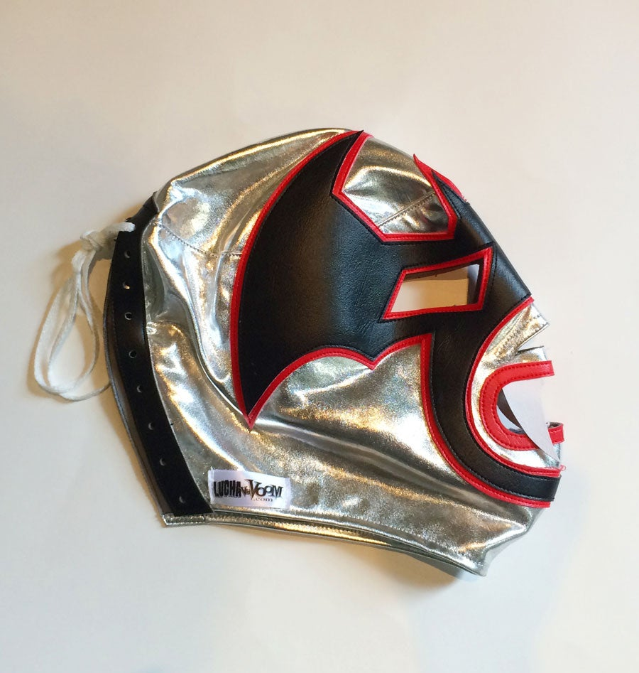Image of Vampiro Blanco Mask
