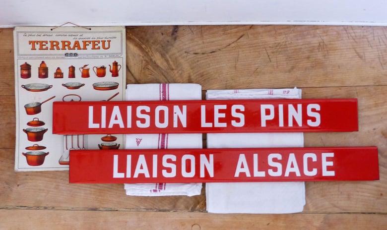 """Image of Ancienne plaque émaillée d'autobus """"LIAISON LES PINS"""""""