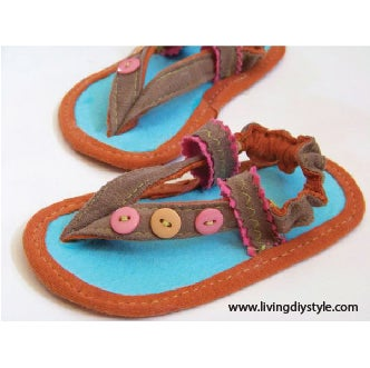 Image of 3 Button Baby Sandals Sewing Pattern