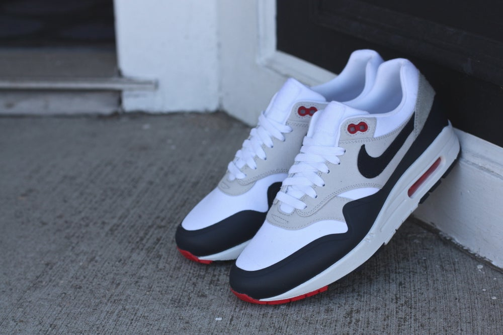 Image of NIKE AIR MAX 1 V SP PATCH PARIS 704901 146