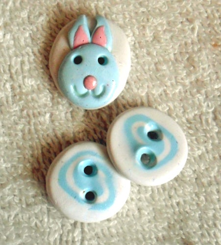 Image of Bunny Button with 2 Swirl Buttons