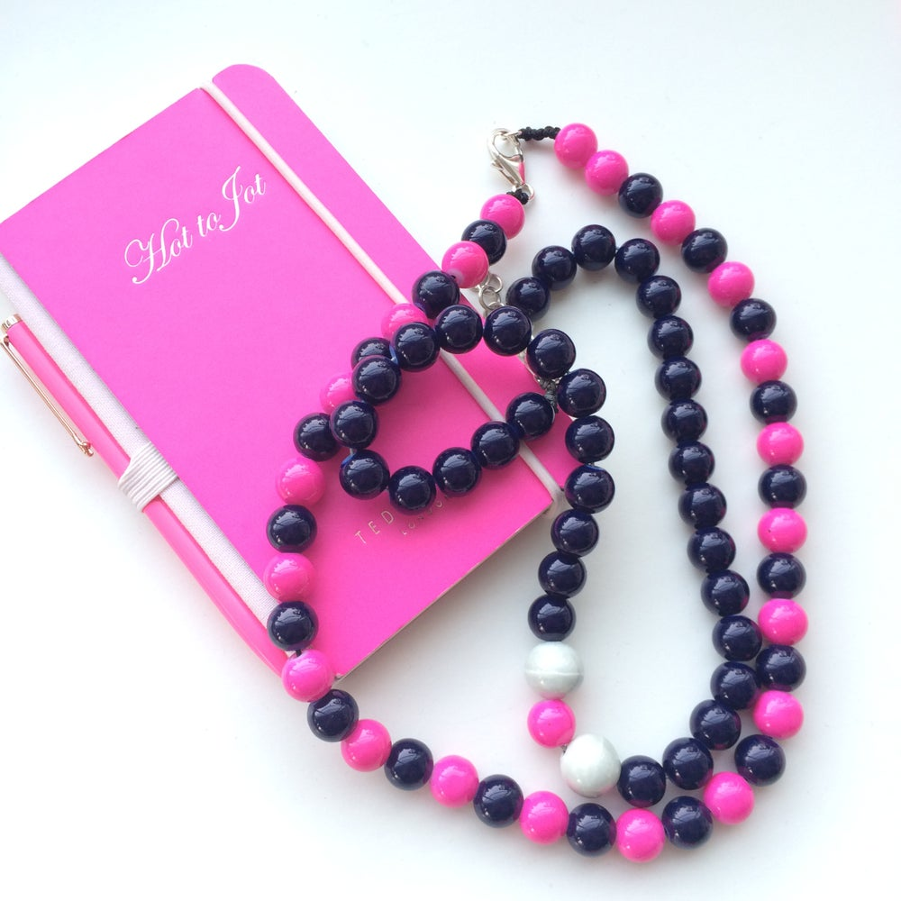 Image of Margot ~ Navy & Hot Pink Beaded Dog Necklace