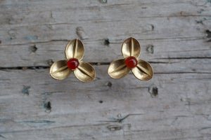 Image of Red bud 3 leaf earrings