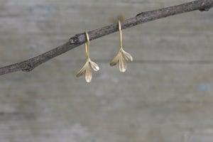 Image of Rue Earrings 3 leaf