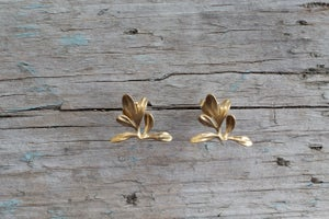 Image of Rue Earrings wide at bottom