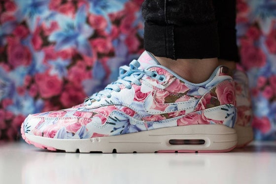 """46ad38c364 Image of Nike WMNS Air Max 1 Ultra Moire """"Floral City Pack"""" Paris"""