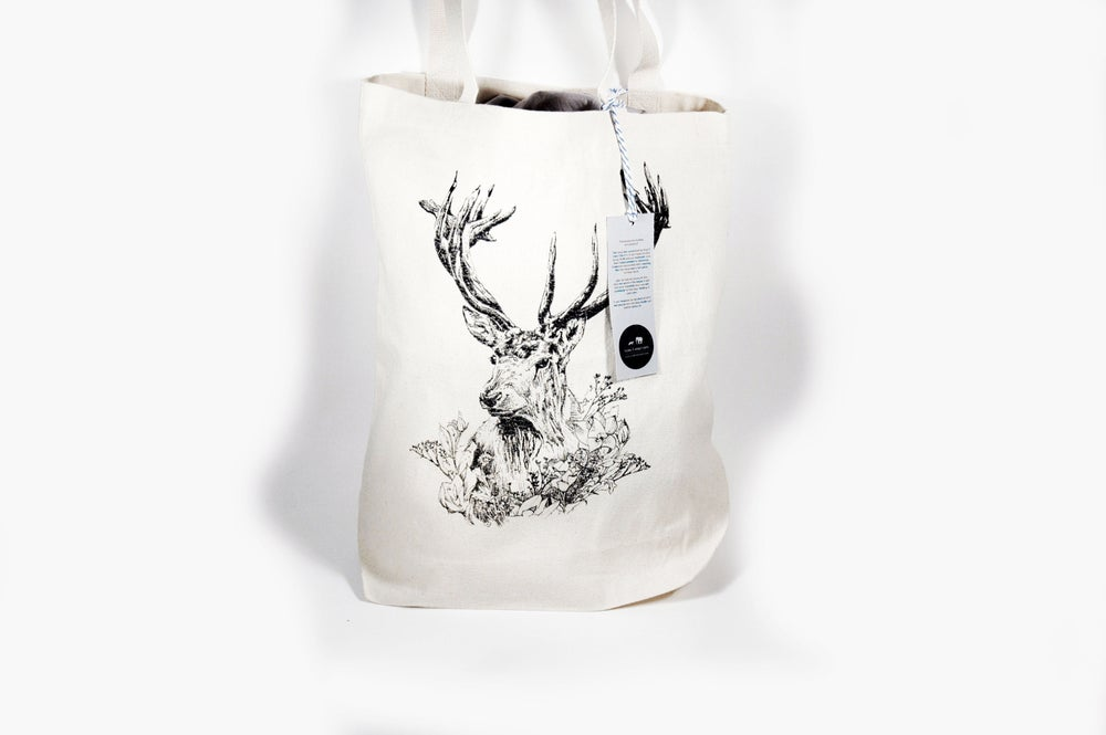 "Image of ""Cervidae"" Stag Tote Bags"
