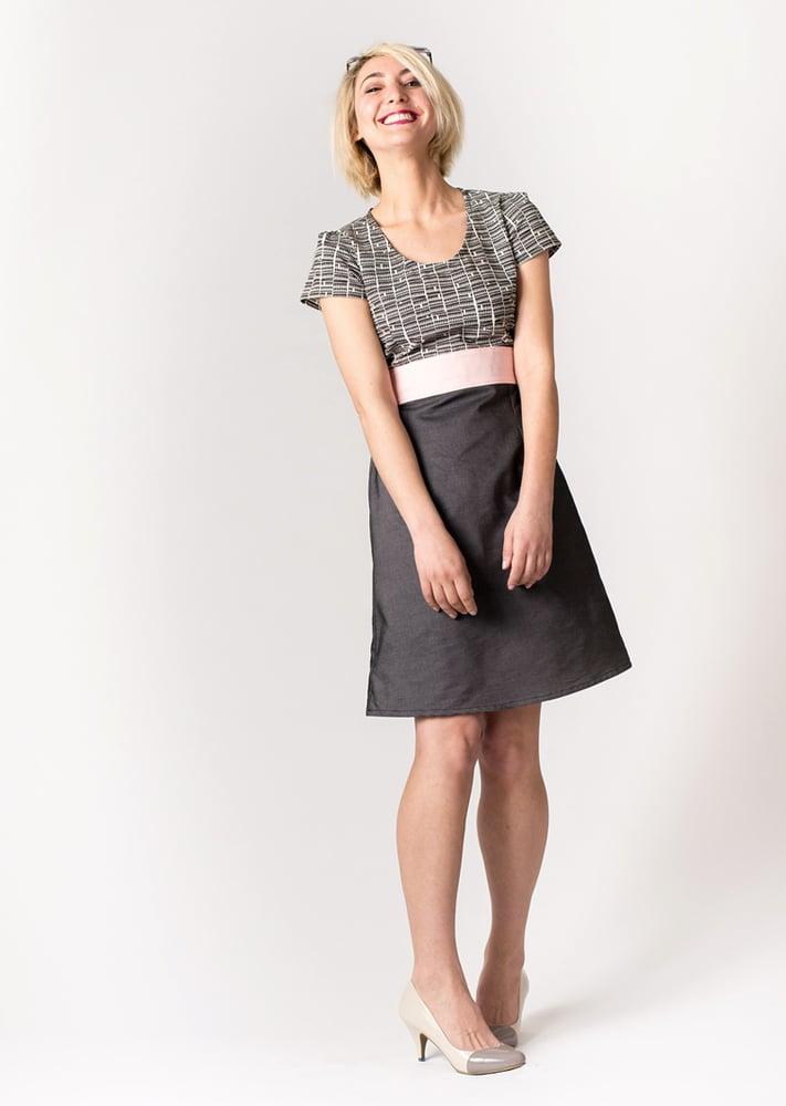 Image of FARMHOUSE DRESS: Triangle Print