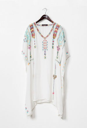 Image of SANAH WHITE CAFTAN