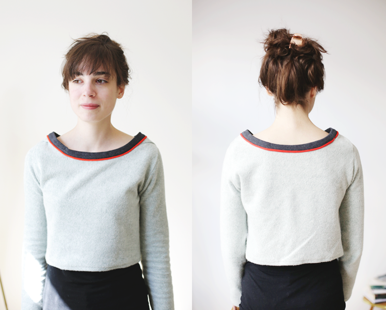 Image of Red line short pullover