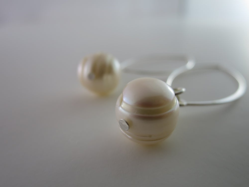 Image of E015 - Jane Pearl earrings