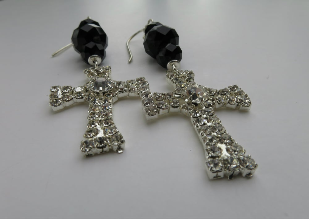 Image of E012 - Diamante cross earrings