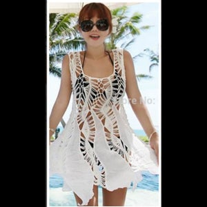 Image of Enchanting White Round Neck Beachwear