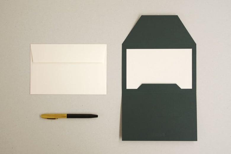 Image of Envelope com cartão liso | Envelope with plain card